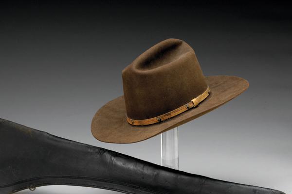 john-wayne-hat-collecting-the-west