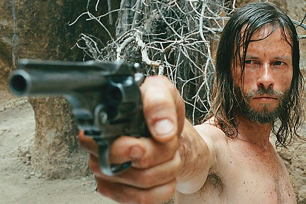 western_movie_the_proposition_australia_guy_pearce