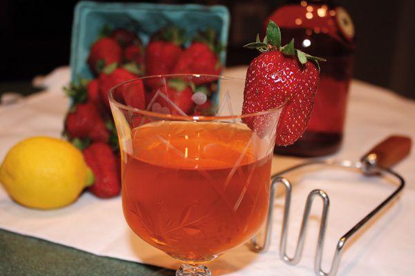 Strawberry-Wine_western-wines