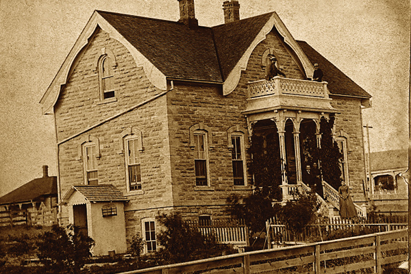 dodge-city-mueller-schmidt-house