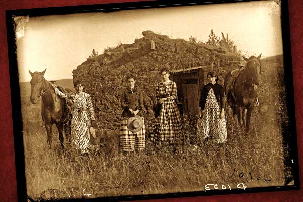 female-homesteaders_chrisman-sister
