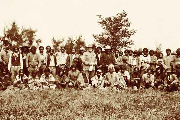 images/stories/Jun-2013/Jun-13_images-for-posts/Maj-Gen-Hugh-L-Scott-Navajo-scouts-New-Mexico