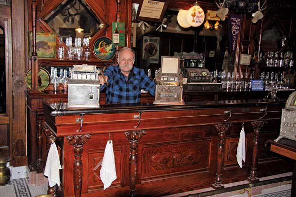 Roger-Kislingbury-Saloon-keeper