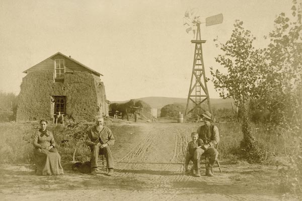 Grandpa-Brumbaugh-sod-house-Coburgh-Post-Office-Custer-County-Nebraska