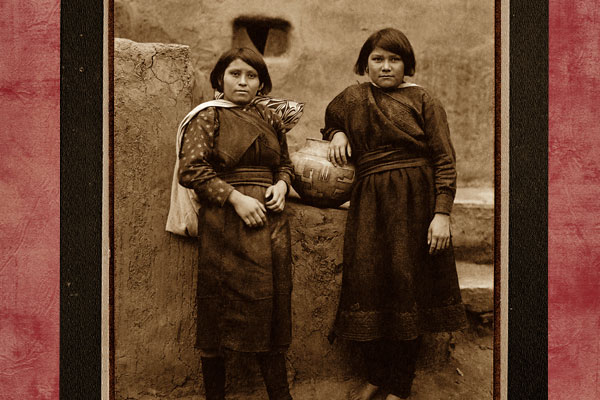 zuni-indian-girls