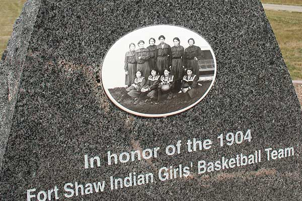 fort-shaw-indian-girls-basket-ball-team-memorial