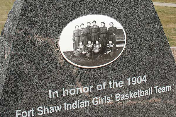 fort-shaw-indian-girls-basket-ball-team-memorial
