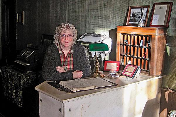 OWS_kathleen-holt_cimmaron-hotel-preservationist