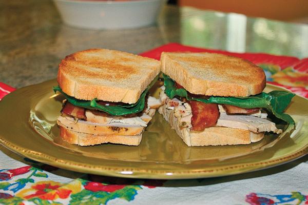 Pioneer-bacon-sandwich_jesse-james