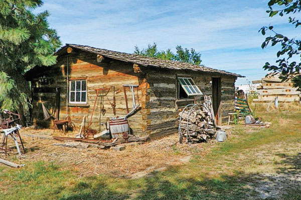 888-cabin-of-Robert-B.-Anderso_first-black-homesteader
