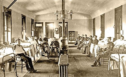 ospital-ward-at-Fort-Riley_1899-90