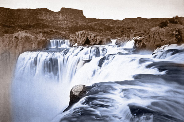 Shoshone-Falls-and-Snake-River-Canyon