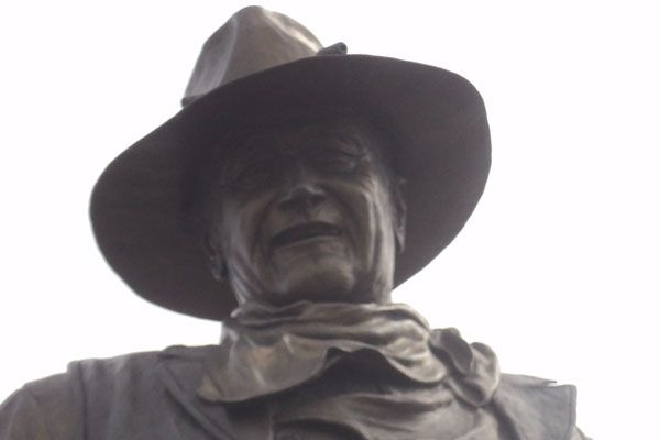 john-wayne-statue-blog