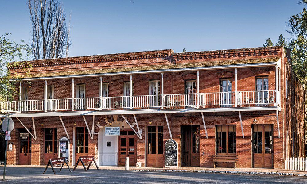 History Heritage Hospitality True West Magazine Hotel Fallon