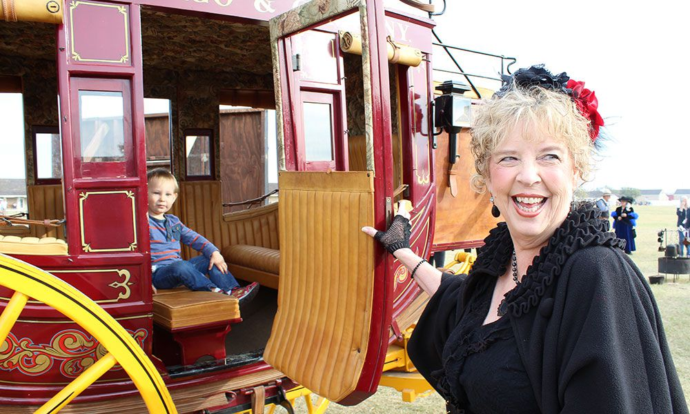 stagecoach ride old west reenactor christmas old fort concho