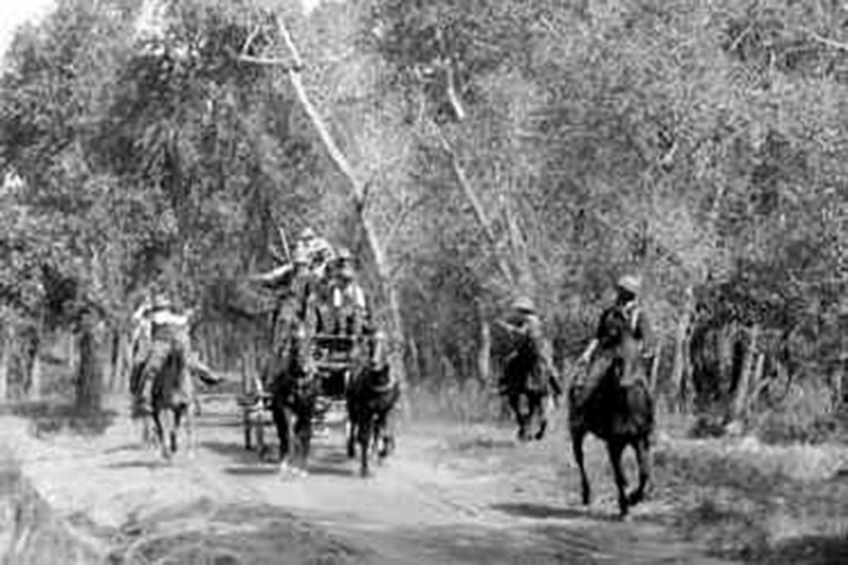 stagecoach robbery 1902 true west magazine